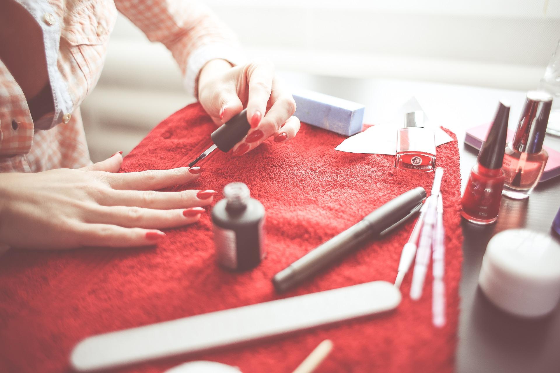 Piękne paznokcie to atrybut kobiecości