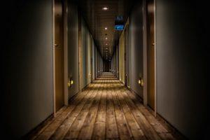 Jak zaksięgować fakturę zagraniczną za hotel?